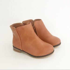 New Cat & Jack Esylt Brown Ankle Boots Girls 6